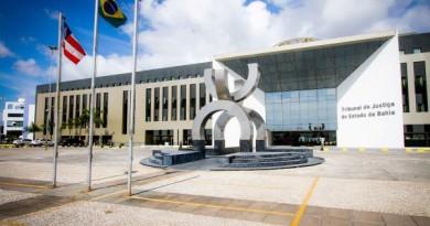 Justiça recebe denúncias contra sete prefeitos baianos