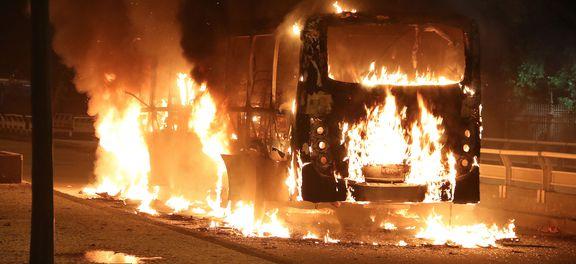Resultado de imagem para greve geral reformas e não descartam onibus queimados rio