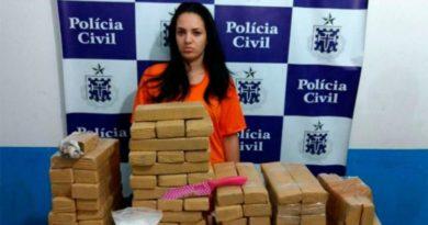 Mulher é presa com 83 tabletes de maconha em Feira de Santana