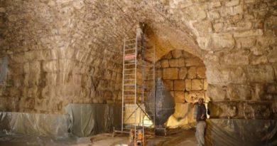 Arqueólogos israelenses descobrem 'anfiteatro perdido' em local emblemático da Terra Santa