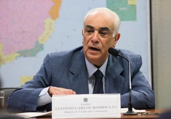 Presidente nacional do PR é considerado foragido pela PF