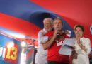 Wagner vai a SP ficar com Lula no dia do julgamento: 'Perto do amigo'