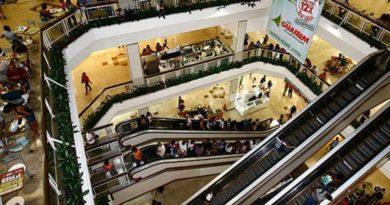Justiça libera funcionamento de lojas; comerciários não reconhecem decisão