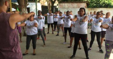 Prefeitura promove aula inaugural de ginástica no CRAS de Riacho da Guia