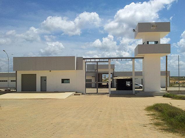 Fachada do Centro Integrado Prisional de Itaquitinga, na zona da mata de Pernambuco