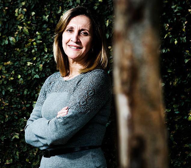 A cientista política Marta Arretche, durante entrevista falando sobre política e o lançamento de seu livro