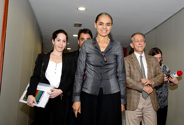 Entre Marcela Moraes (ex-PV) e Walter Feldman (PSDB), Marina Silva visita o Tribunal Superior Eleitoral