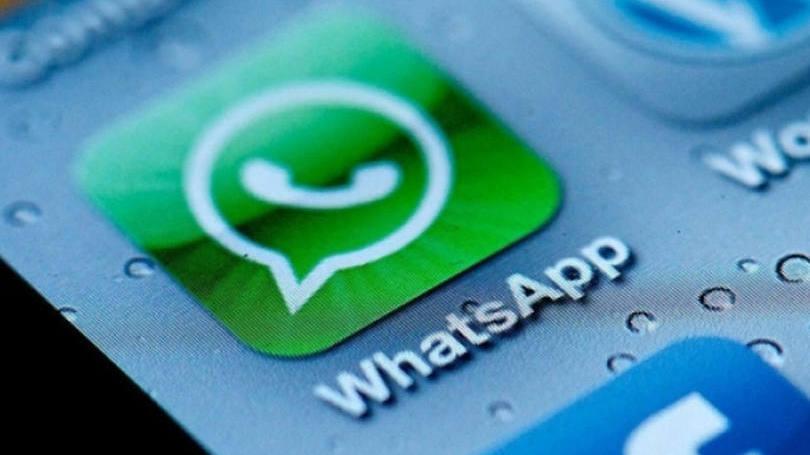 Facebook tenta ganhar dinheiro com WhatsApp