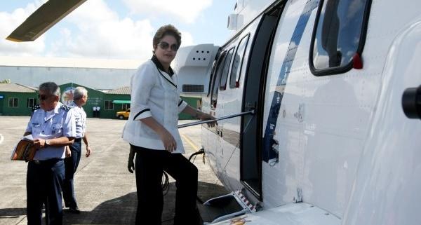 dilma-rousseff-entrando-helicoptero-foto-adenilson-nunes-govba
