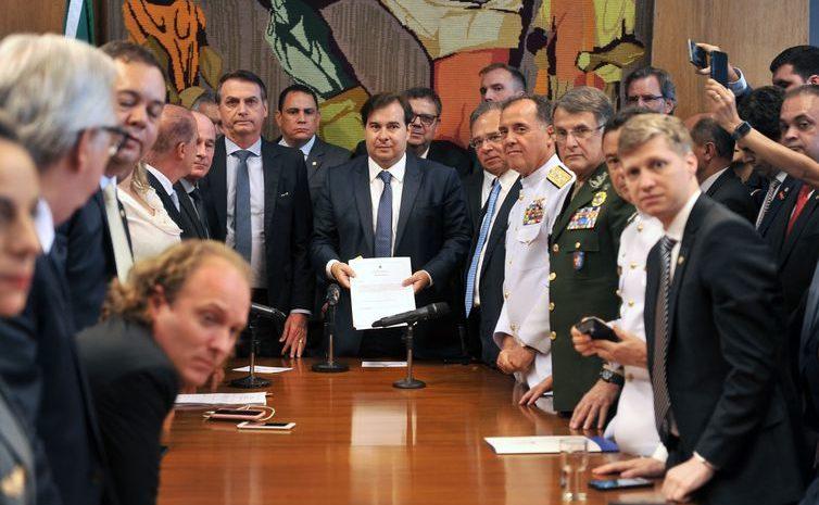 Bolsonaro pede celeridade na tramitação de reformas no Congresso