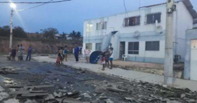 Prefeitura presta auxílio às famílias do Urupiara que tiveram casas danificadas pela chuva