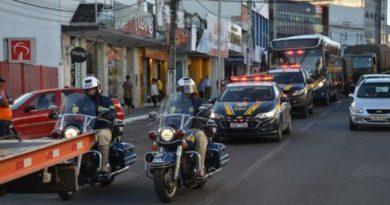 Desfile de viaturas, conferência e atividades em escolas marcam início da Semana Municipal da Vida no Trânsito