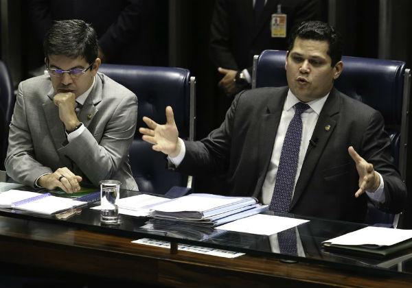Senado vai questionar ação da PF em gabinete de líder do governo