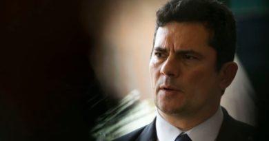Se fugitivos do PCC voltarem ao Brasil, irão para prisão federal, diz Moro