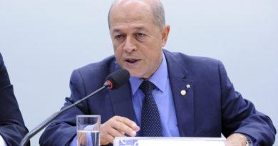 Covid-19: Joseildo destina R$ 1 milhão para duplicar leitos de UTI no Hospital Dantas Bião