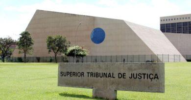 Advogados pedem que STJ amplie a outros presos decisão que beneficiou Queiroz