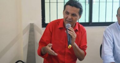 PT lança pré-candidatura de Radiovaldo Costa à prefeitura de Alagoinhas