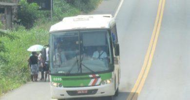 Governo da Bahia suspende transporte em mais seis municípios; total chega a 394