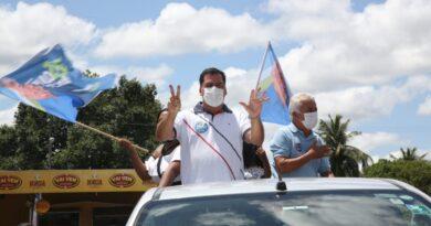 Paulo Cezar inicia campanha com adesivaço e leva o 25 aos quatro cantos de Alagoinhas